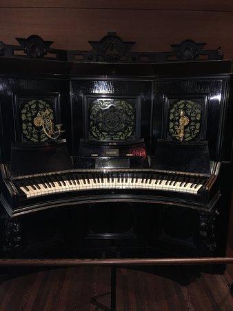 Museo de los Instrumentos Musicales: Music Museum