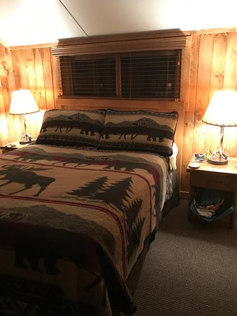 Eagle Bay, NY: Bedroom Earl Covey - new queen bed with 3 way bulbs on each side