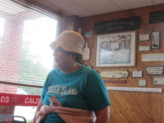 Jamestown, RI: That is me at Ace's Pizza.
