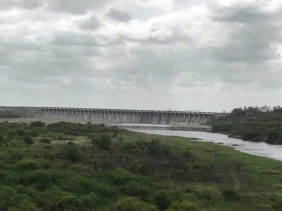 Ujjani Dam: photo0.jpg