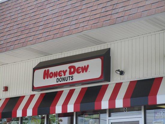 Honey Dew Donuts Fall River Avenue Seekonk, Mass.