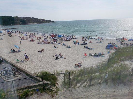 Sea Crest Beach Hotel: #peoplewatching