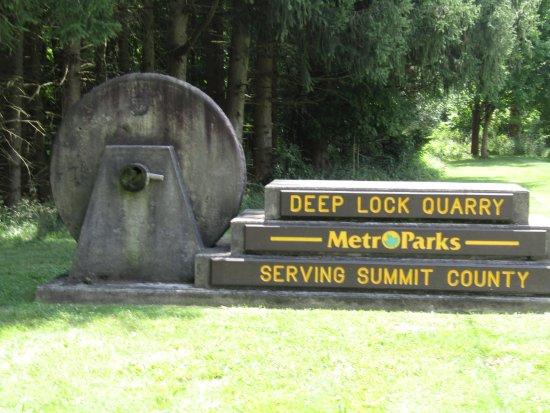 Brecksville, OH: Entrance