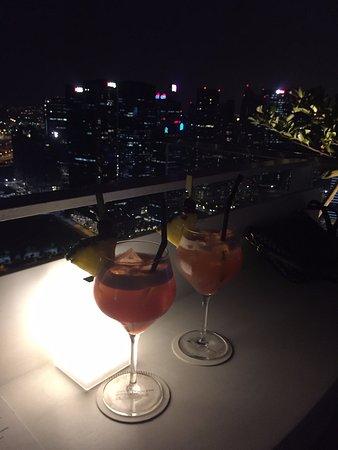 Sky on 57 : 싱가포르슬링