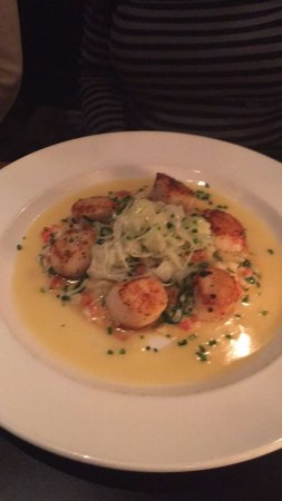 Glastonbury, CT: scallops