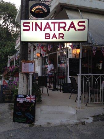 คาเนียทาวน์, กรีซ: Sinatras, Georgioupolis