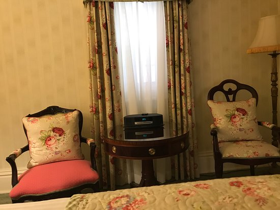 Prince of Wales: Evens Cottage room 185 dog friendly