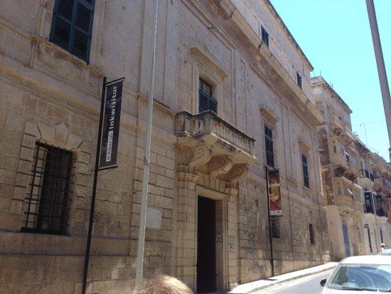 Birgu (Vittoriosa), Malta: Entrance to the Inquisitors Palace