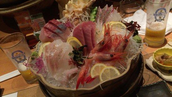Tsubame, Japan: ちゃんと処理されてる食材。分厚い!