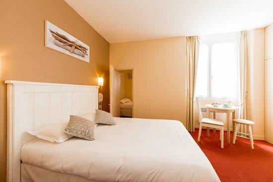 Hotel Le Nautilus: Chambre 2 pièces communicantes, 2 lits doubles
