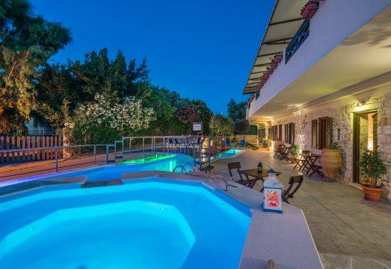 Pool - Picture of Dante's Maisonettes Resort, Zakynthos - Tripadvisor