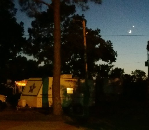 Monroe, LA: Nightly campsite
