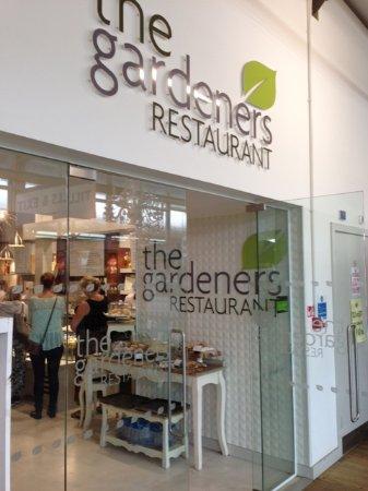 Enfield, UK: Gardeners Restaurant entrance