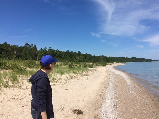 Rogers City, Μίσιγκαν: Open beach looking towards PH Hoeft State Park