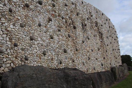 Доноре, Ирландия: Decorative Stones