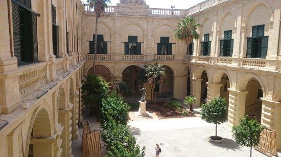 Palace Armoury