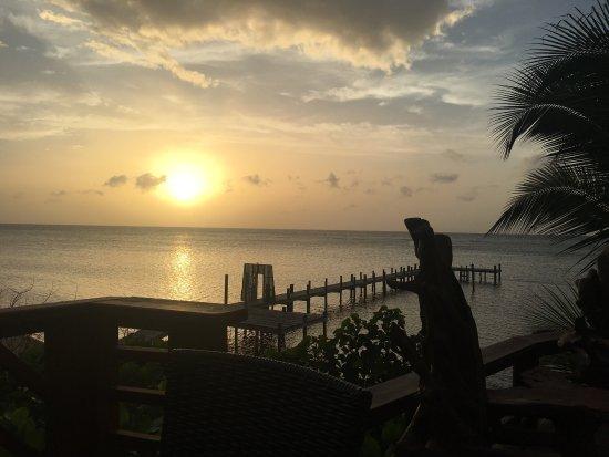 Sandy Bay, Honduras: photo1.jpg