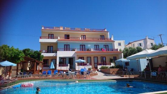 Thalassi Hotel-Apts: DSC_2492_large.jpg