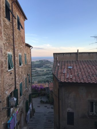 Campiglia Marittima, Italy: photo1.jpg