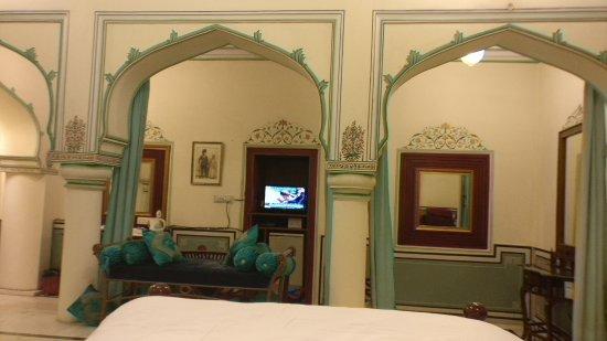 Hari Mahal Palace: TA_IMG_20170722_220029_large.jpg