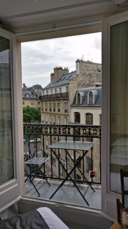 Hotel du College de France: Room 53 - 5th floor -Loved the large windows and corner balcony