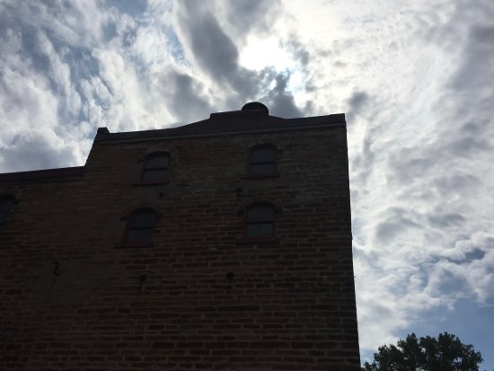 Chippewa Falls, WI: Buildings on the grounds