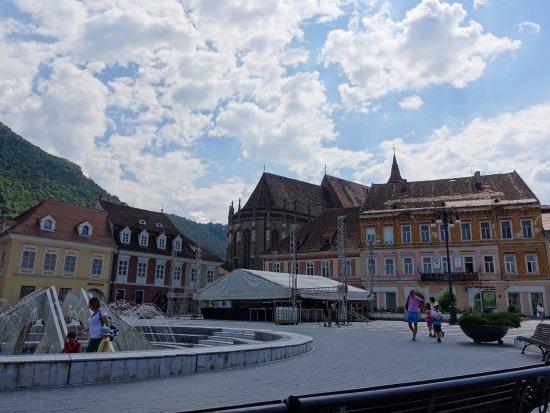 Council Square: Square