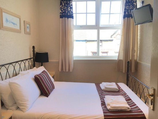 Seagull Hotel : ROOM 8: Double room with a shared shower room and shared toilet