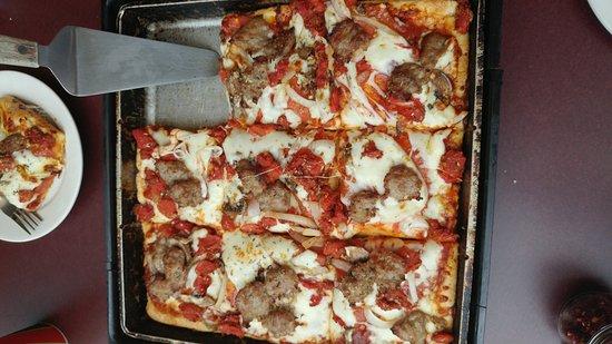 Fond du Lac, Ουισκόνσιν: Uncle Sals Pizza
