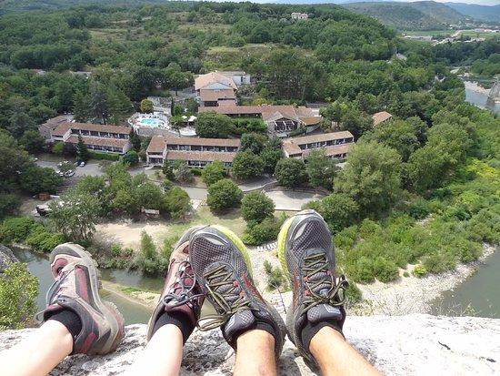 Vue du village des falaises - Picture of Domaine Lou Capitelle ...