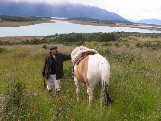 """Annamoe, Ιρλανδία: En Lago San Martín """"Estancia El Cóndor """" Argentina"""