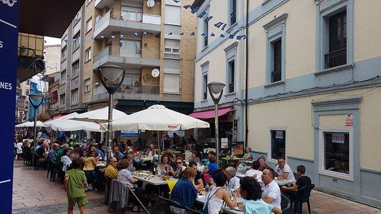 Grado, Spanien: Cafeteria Restaurant La Parra