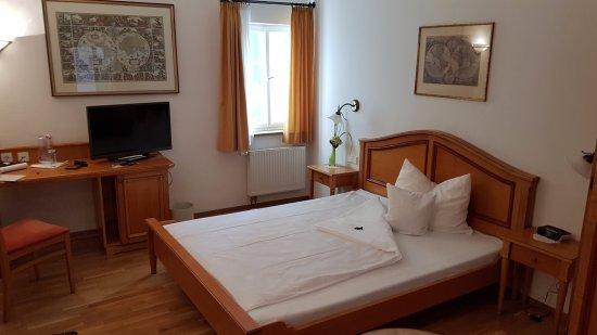 Hotel Restaurant Herrenkueferei : View of the room