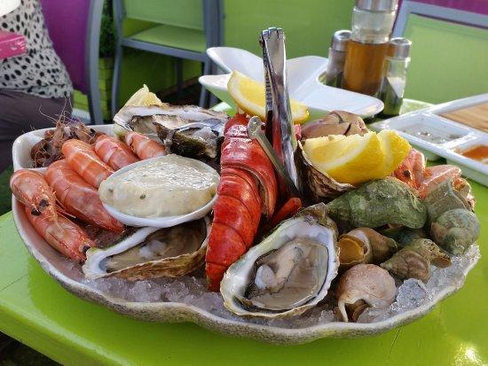 Trebes, فرنسا: le plateau de fruits de mer pour 1