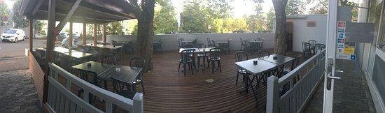 Le Blandonnet: panoramique de la terrasse