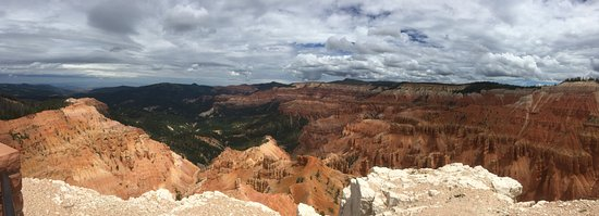 Cedar Breaks National Monument: View approaching Spectra Point
