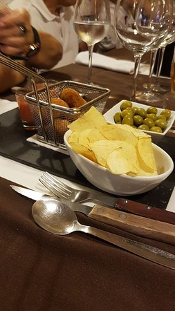 Mura, สเปน: Extensa variedad de platos de menú de fin de semana!