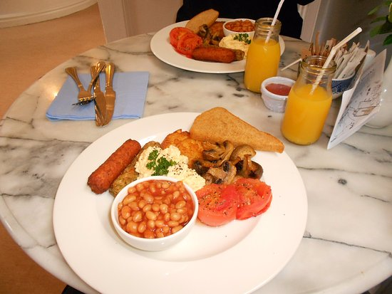 The Bar Convent Bed and Breakfast: Vegetarian English Breakfast