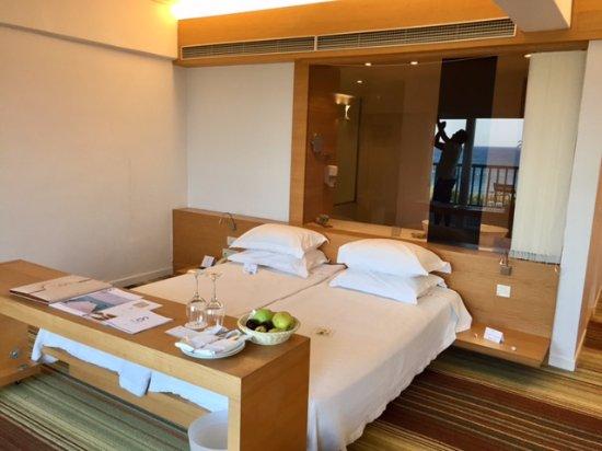 Doryssa Seaside Resort: our bedroom