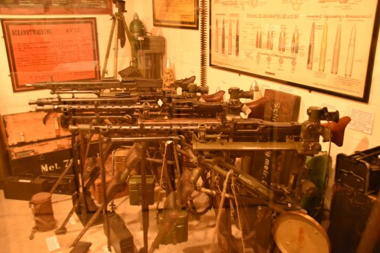 The Channel Islands Military Museum: ARMOURY