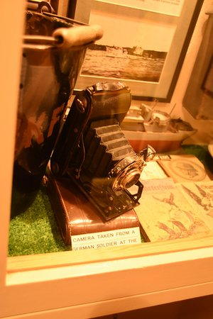 The Channel Islands Military Museum: CAMERA