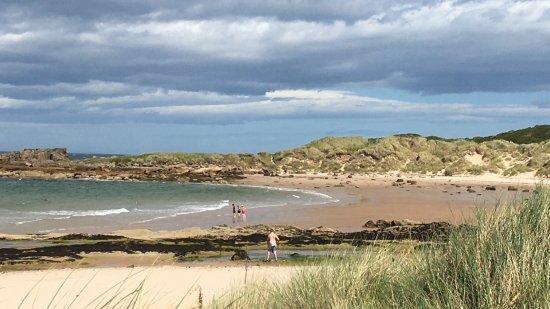 Elgin, UK: Il mare del nord a luglio con sole che va e viene