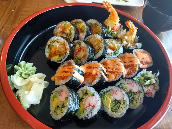 Thornbury, Canada: $18 Rolls platter - Each Roll was about 2 1/2 to 3 inches in diameter
