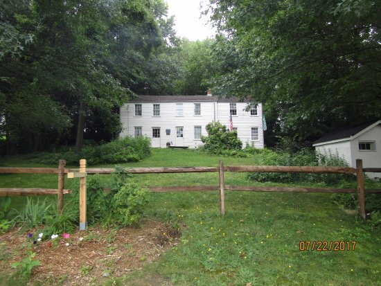 Springdale, PA: Street view of the Rachel Carson Homestead