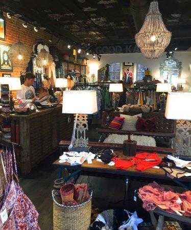 Atenas, GA: merchandise