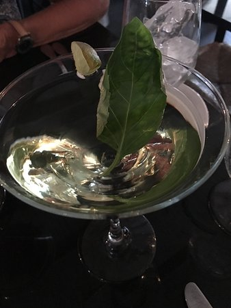 Madison, CT: Basil Gimlet Martini (with vodka instead of gin)