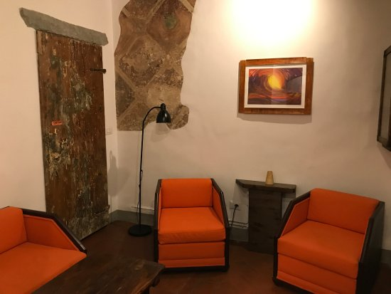 B&B Bonsignori: common area for reading or relaxing