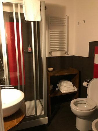 B&B Bonsignori: Very clean and newly appointed private bathroom