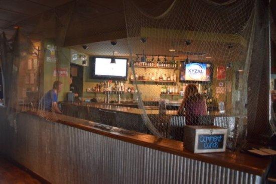 Daphne, AL: the bar
