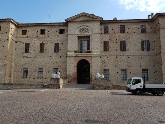 Soragna, Italy: 20170722_094416_large.jpg